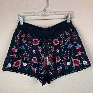 Zara Floral Embroider Shorts 💐